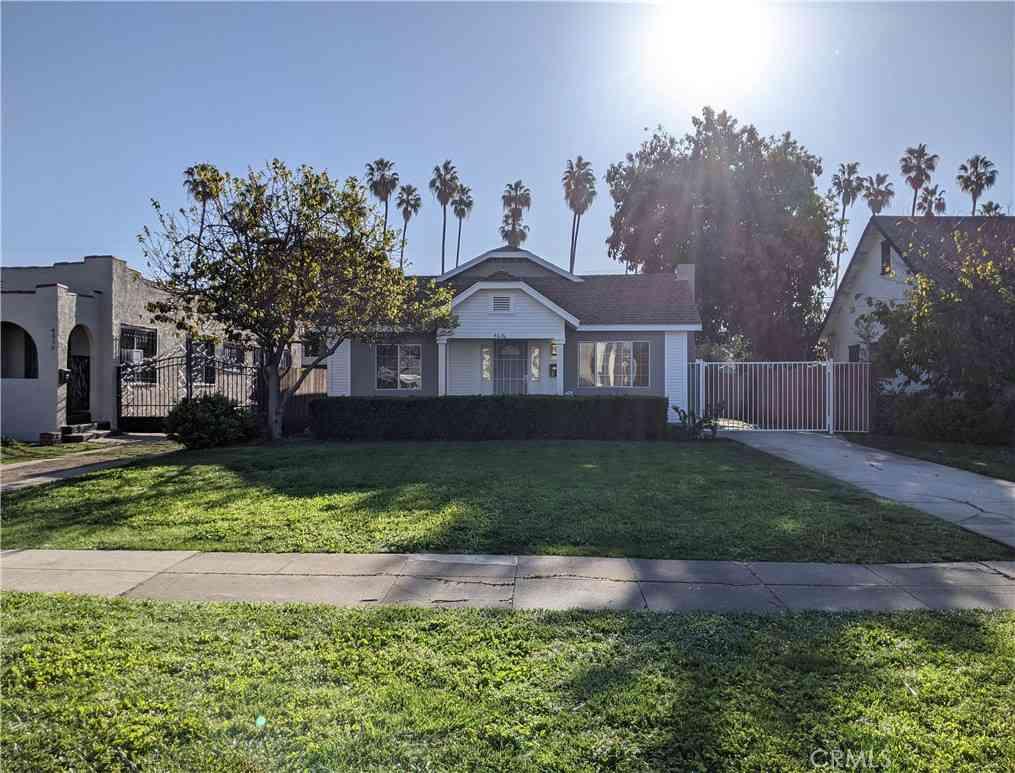 4616 9th Avenue, Los Angeles, CA, 90043,