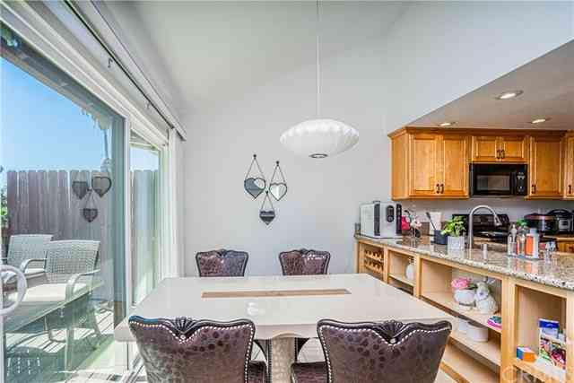 2330 Applewood Circle #70, Fullerton, CA, 92833,