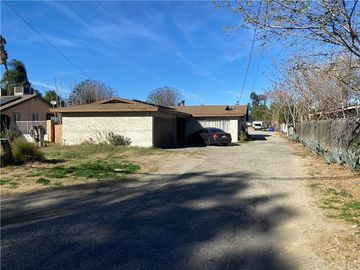 17626 Santa Ana Avenue, Bloomington, CA, 92316,