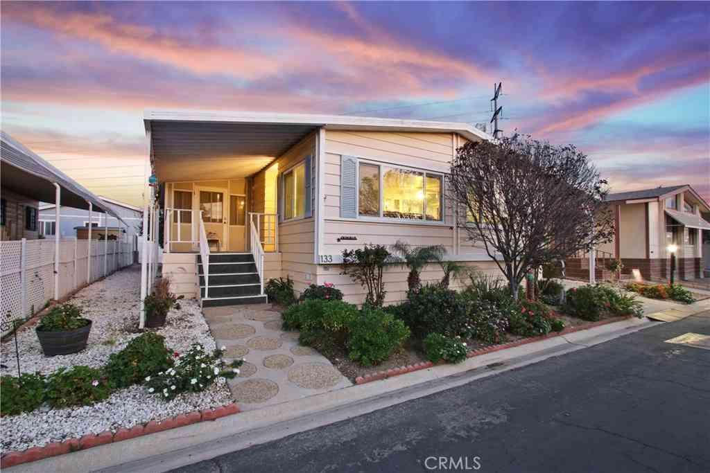 3595 Santa Fe Avenue, #133, Long Beach, CA, 90810,
