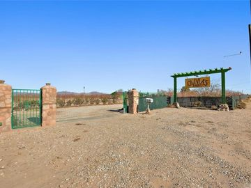 34738 Old Woman Springs Road, Lucerne Valley, CA, 92356,