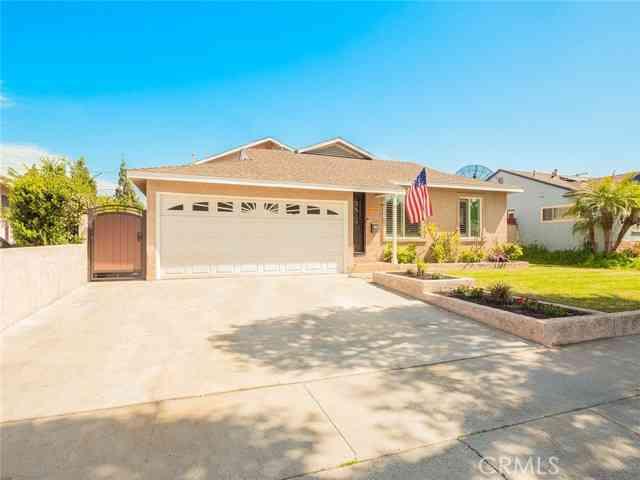 5402 Adenmoor Avenue, Lakewood, CA, 90713,