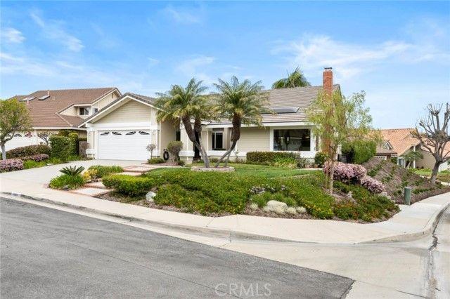 1024 S Aspenwood Circle Anaheim Hills, CA, 92807