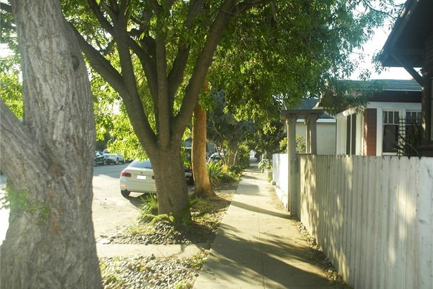 1131 Cabrillo Avenue