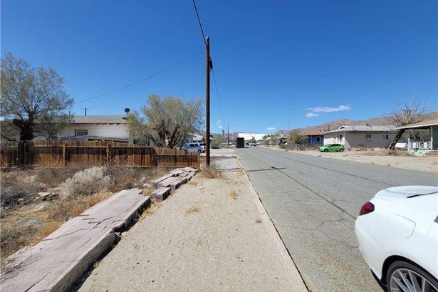 13381 Aster Street