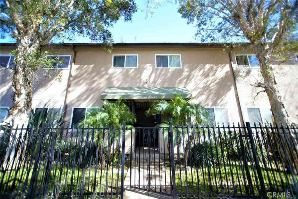 1100 Walnut Avenue #8, Long Beach, CA, 90813,