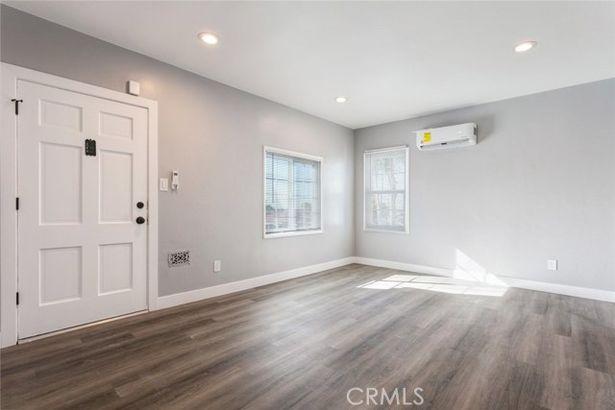 5906 Brooklyn Avenue