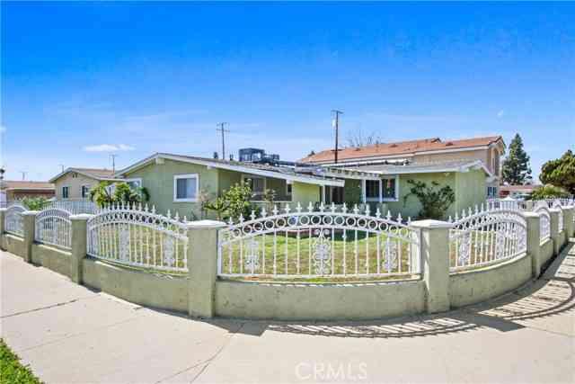 20203 Flallon Avenue, Lakewood, CA, 90715,