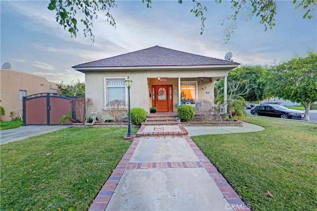 12156 Louise Avenue, Lynwood, CA, 90262,
