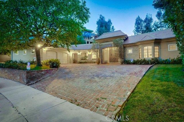 1143 Maybrook Beverly Hills, CA, 90210
