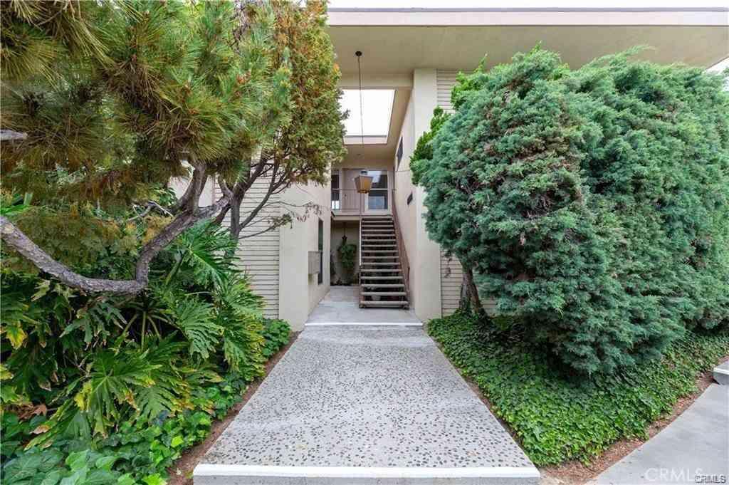 1534 Grand #1 Avenue, Long Beach, CA, 90804,