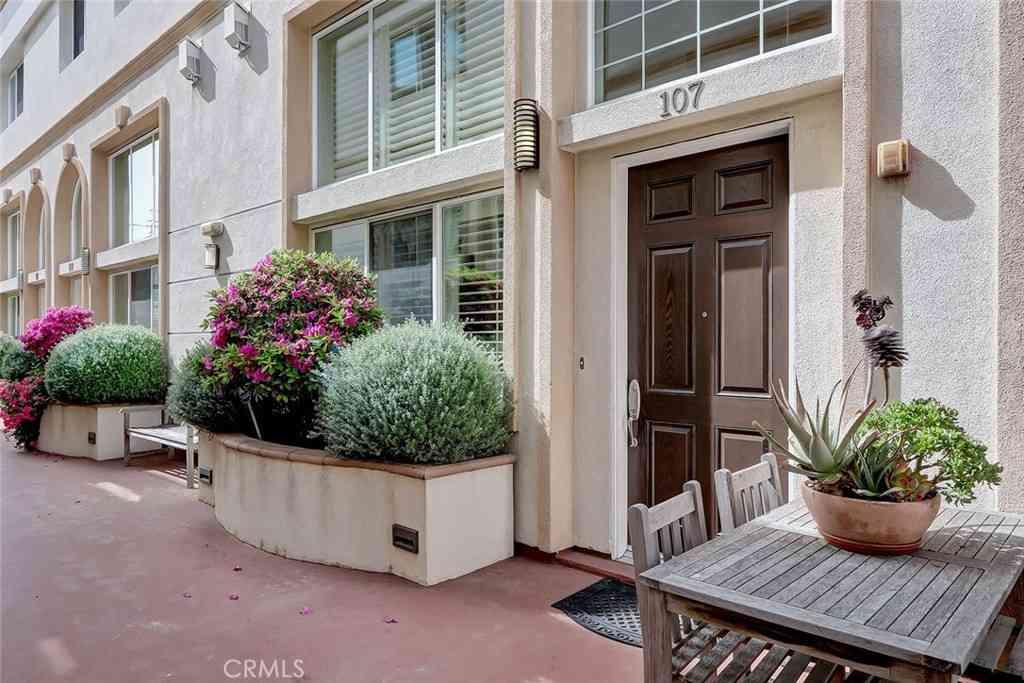 7403 S Sepulveda Boulevard #107, Westchester, CA, 90045,