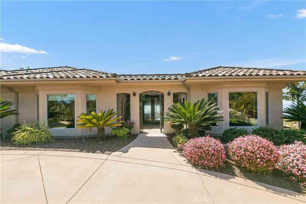 6638 Morro Heights Road, Oceanside, CA, 92057,