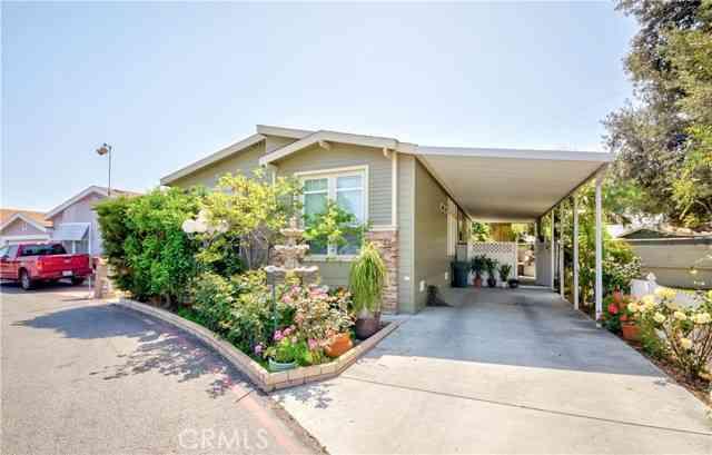 15 Pine Via, Anaheim, CA, 92801,