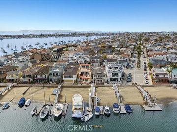 125 East Bay Front, Newport Beach, CA, 92662,