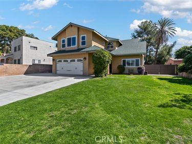 10105 La Tuna Canyon Road, Sun Valley, CA, 91352,