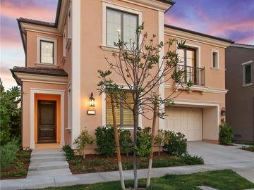 138 Roscomare, Irvine, CA, 92602,