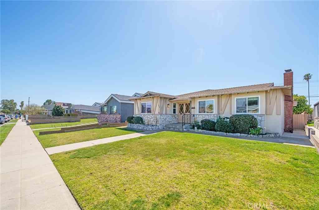 1634 252nd Street, Harbor City, CA, 90710,