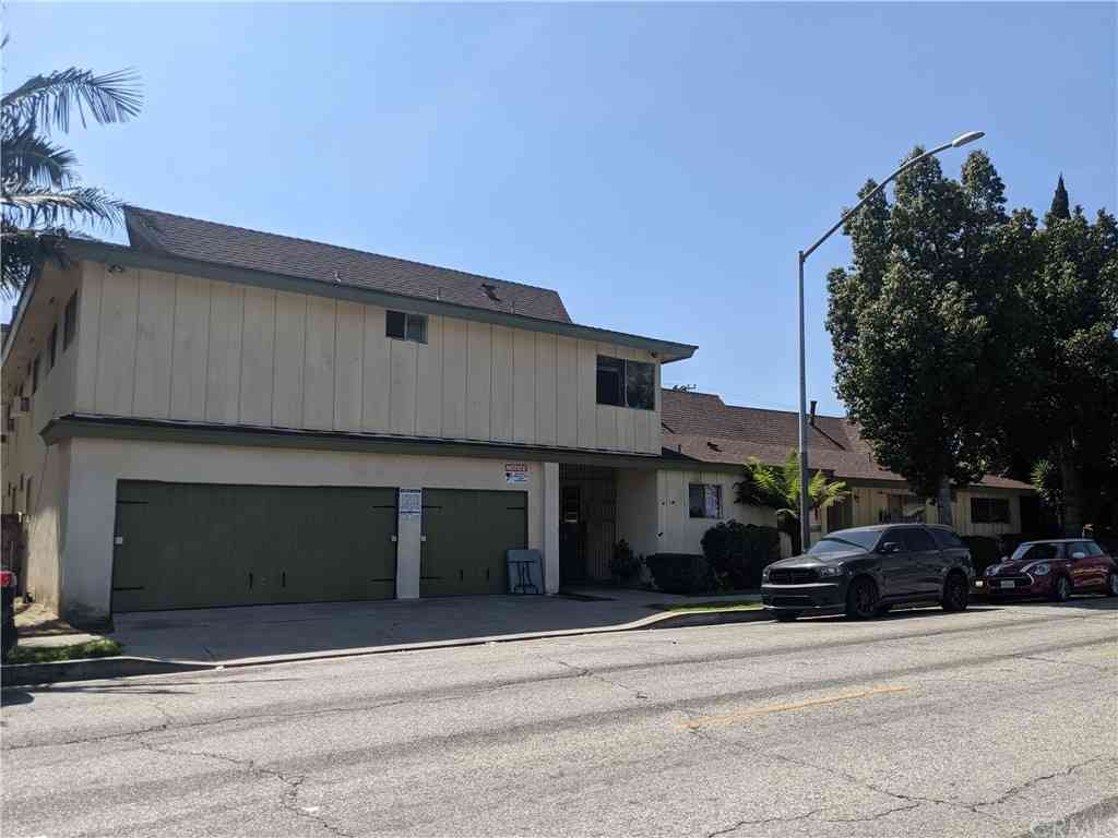 2966 Clarendon Avenue, Huntington Park, CA, 90255,