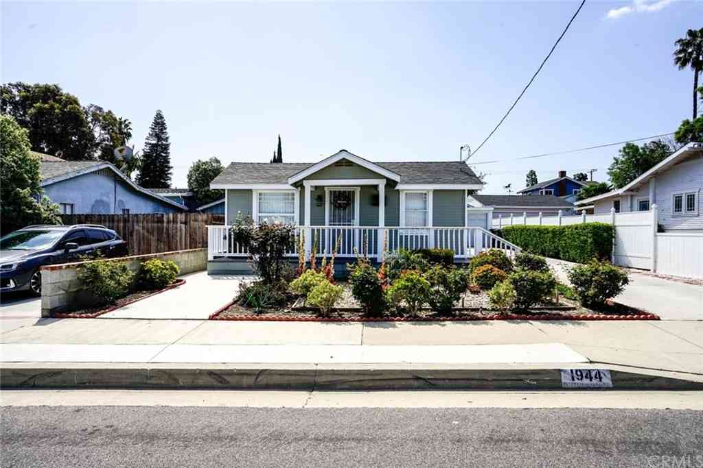 1944 253rd Place, County  Los Angeles, CA, 90717,