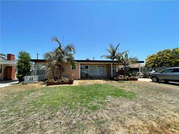 4248 Pepperwood Avenue, Long Beach, CA, 90808,
