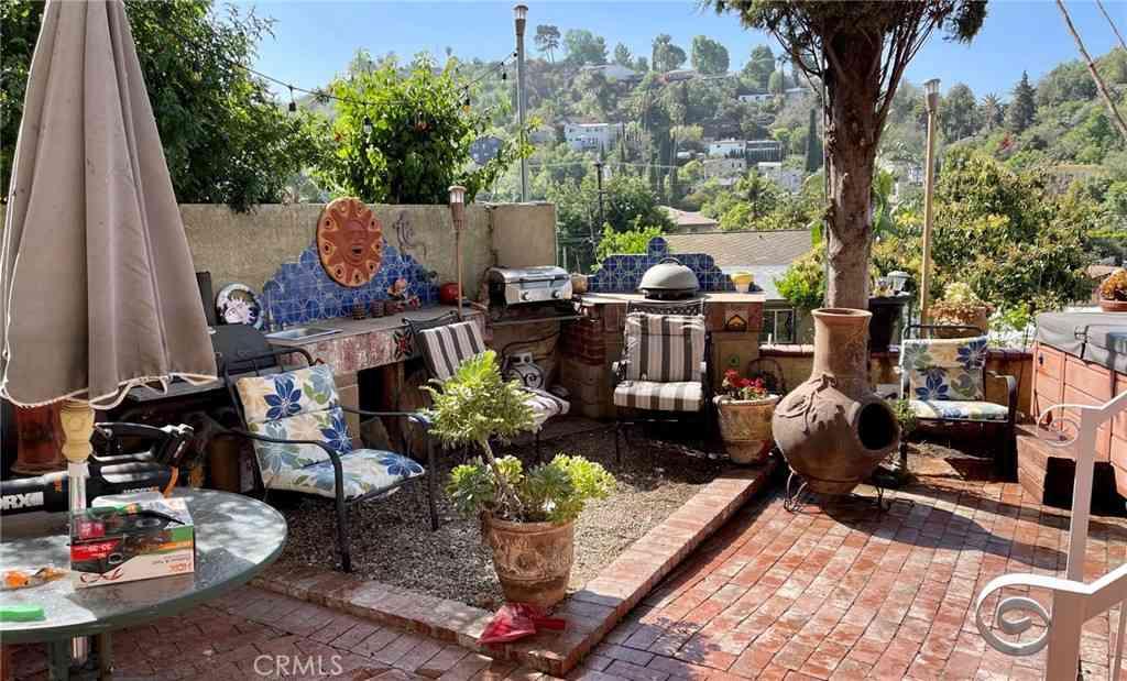 2072 Wollam Street, Los Angeles, CA, 90065,
