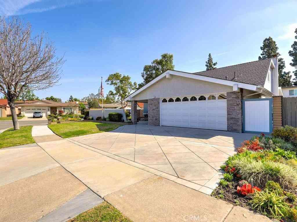 17816 Hoffman Avenue, Cerritos, CA, 90703,