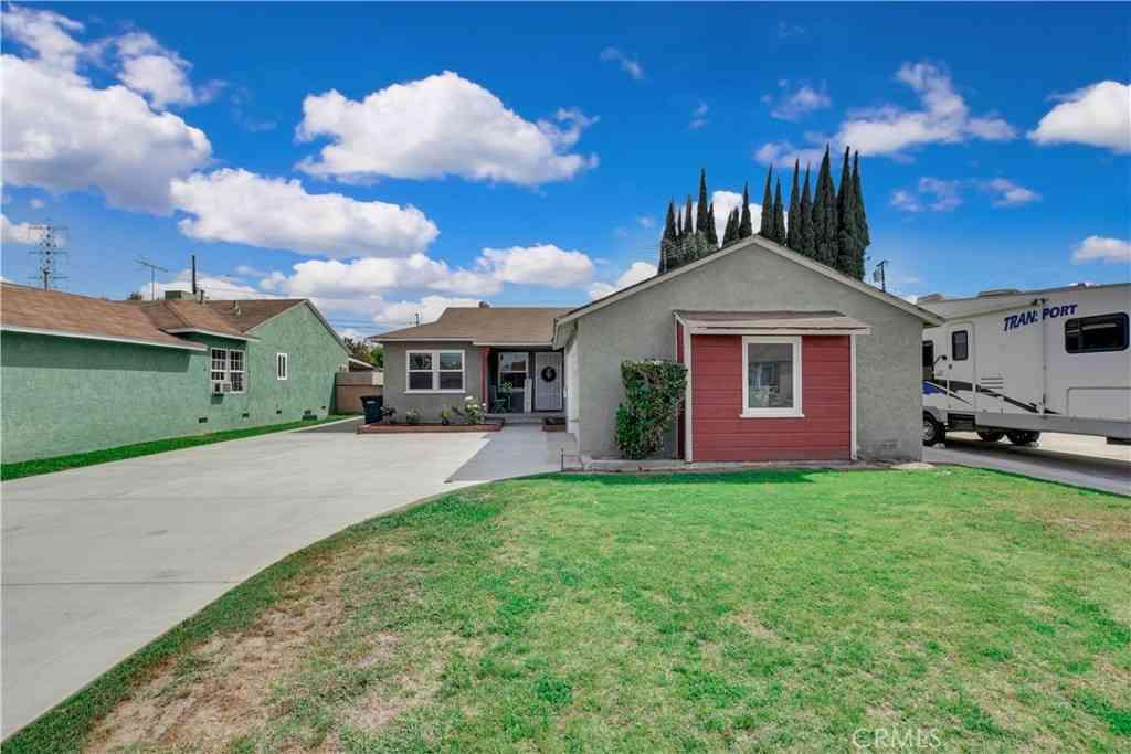 10466 Nichols Street, Bellflower, CA, 90706,