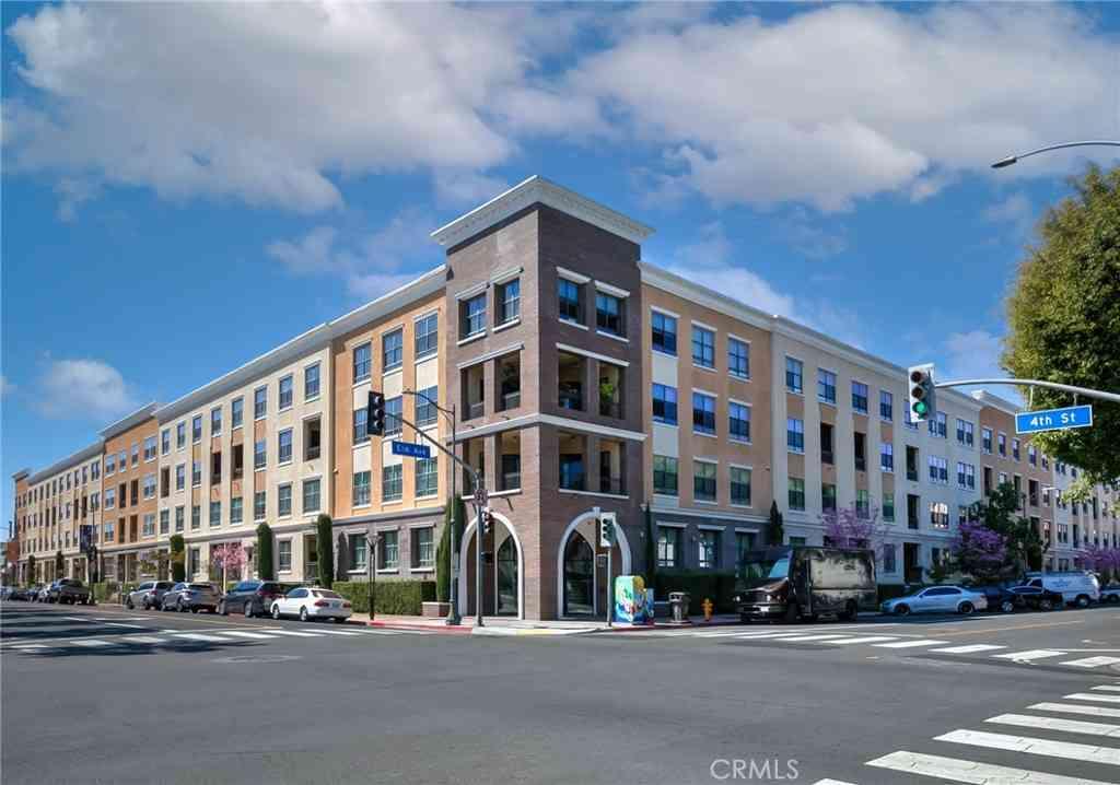 395 E 4th Street #33, Long Beach, CA, 90802,