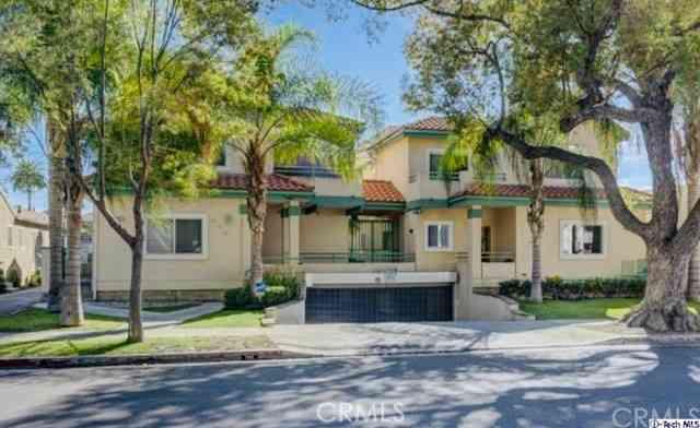 446 W Stocker Street #11, Glendale, CA, 91202,