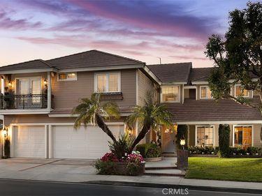 9941 Sunderland Street, North Tustin, CA, 92705,