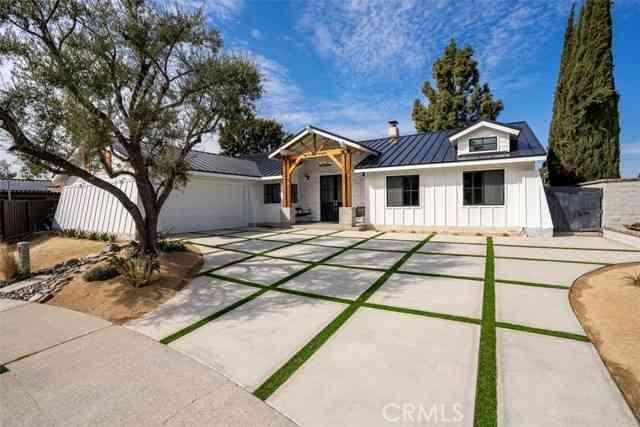 5221 East Fern Haven Lane, Anaheim Hills, CA, 92807,