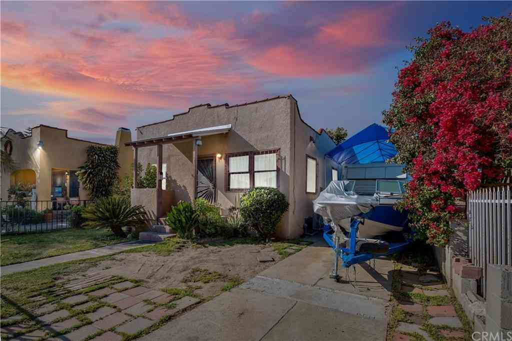 847 E 81st Street, Los Angeles, CA, 90001,