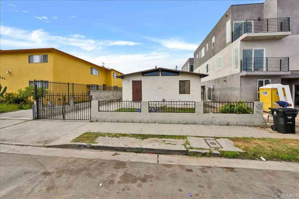 1853 S Longwood Avenue, Los Angeles, CA, 90019,