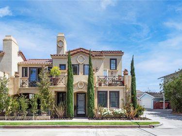 3010 Seaview Avenue #2, Corona Del Mar, CA, 92625,
