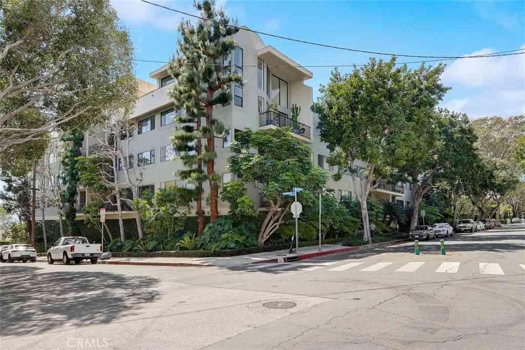 9000 Cynthia Street #210, West Hollywood, CA, 90069,