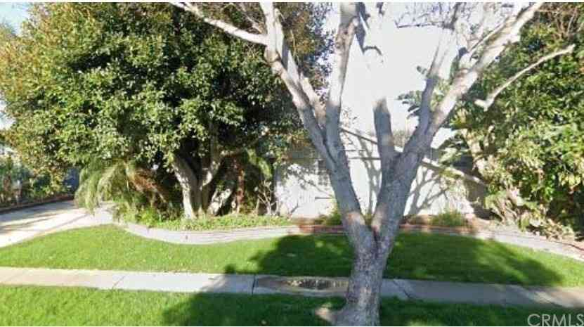 3421 Rowena Drive, Los Alamitos, CA, 90720,