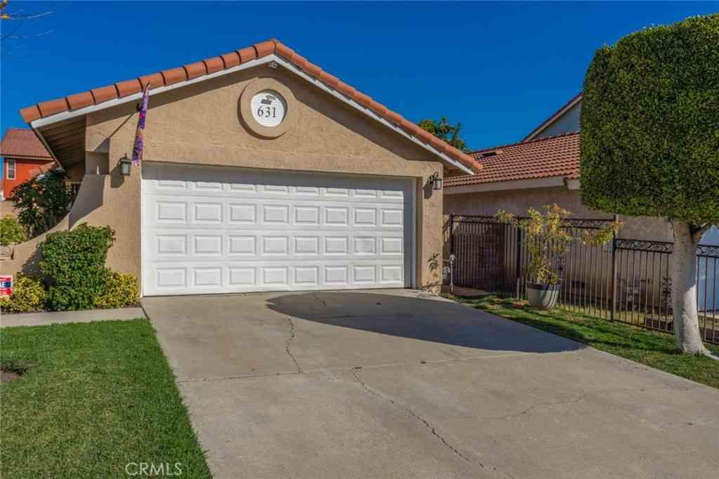 631 W Indigo Street, Compton, CA, 90220,