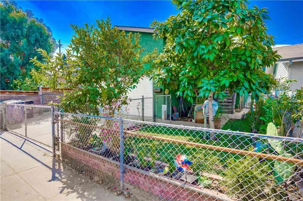 4810 Mascot Street, Los Angeles, CA, 90019,