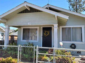 1250 E 6TH Street, Long Beach, CA, 90802,