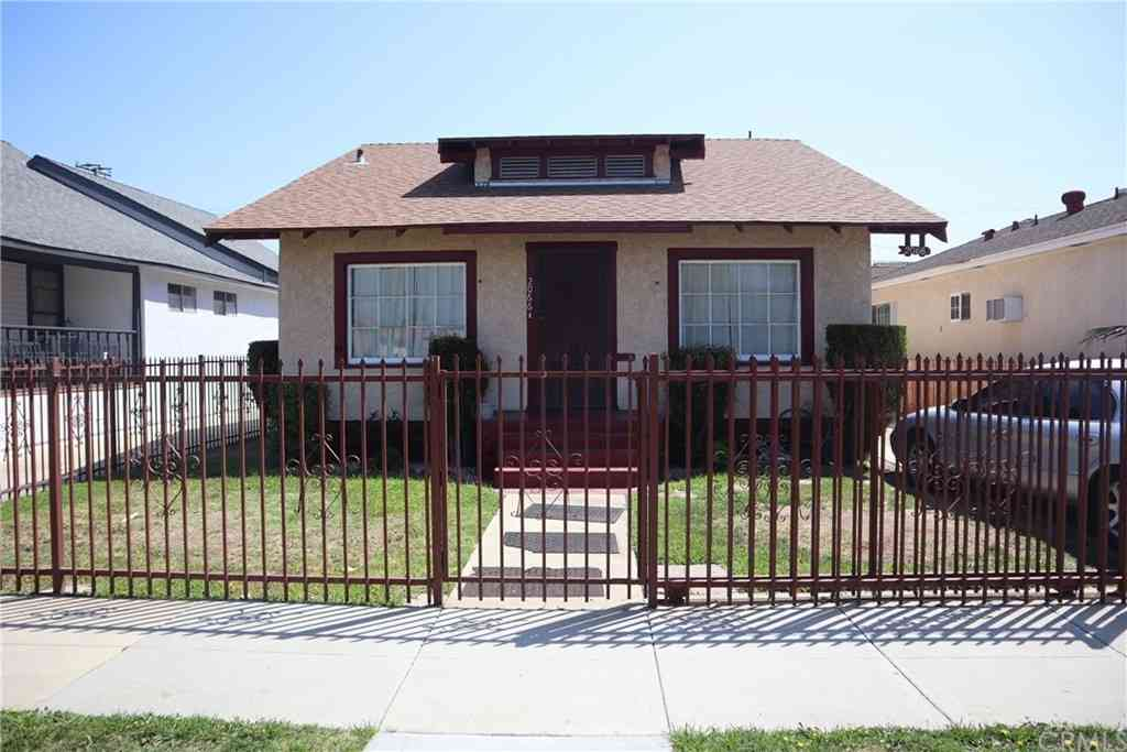2066 Linden Avenue, Long Beach, CA, 90806,