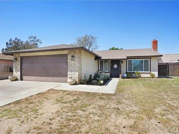 4704 Lakewood Drive, San Bernardino, CA, 92407,