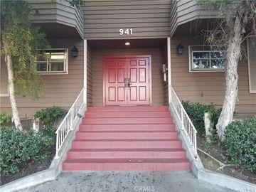941 Elm Avenue #17, Long Beach, CA, 90813,