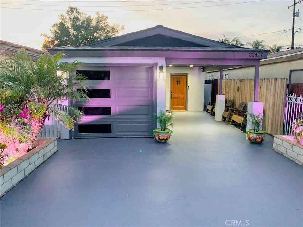 22417 Juan Avenue, Hawaiian Gardens, CA, 90716,