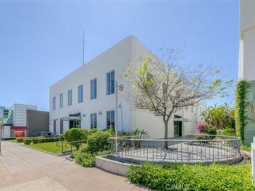 475 S Lake Avenue, Pasadena, CA, 91104,