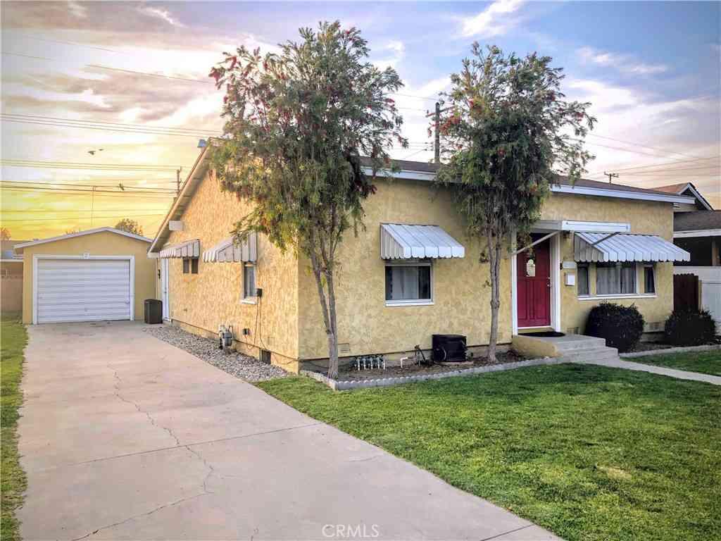 13419 Laureldale Avenue, Downey, CA, 90242,