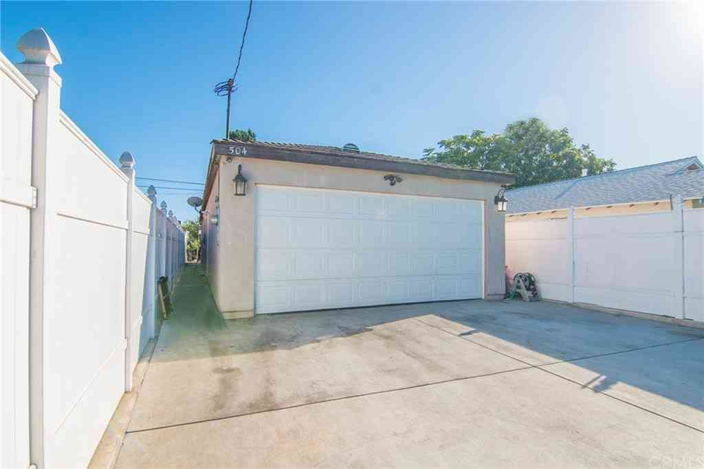 504 W Pear Street, Compton, CA, 90222,