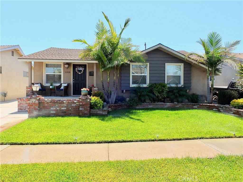 11418 213th Street, Lakewood, CA, 90715,