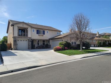 6557 Branch Court, Eastvale, CA, 92880,