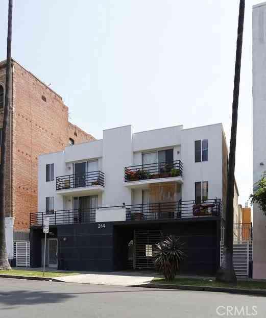 314 S Manhattan Place, Los Angeles, CA, 90020,
